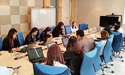 タイの販売拠点での教育風景