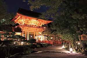 ロームの製品が活用された上賀茂神社のライトアップ
