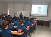海外生産拠点での教育訓練風景